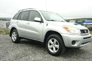 Toyota rave 4 2004 excellente condition..!!