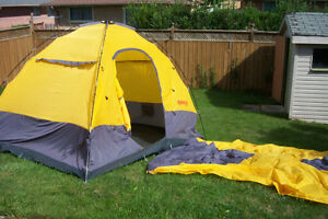 10 x 8 family Dome Tent with Cover