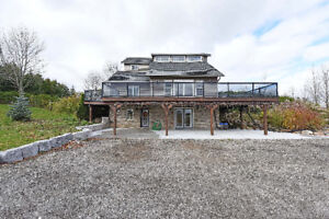 Detached Home with 6 Arces Land