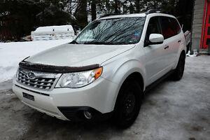 2011 Subaru Forester X Limited Familiale