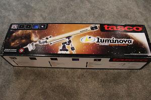 Tasco Luminova 40060675 60mm Refractor Telescope New