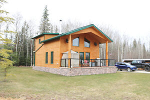 1 1/2 Storey home and shop, walking distance to trophy fishing