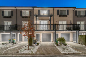 Excellent Townhouse 3 Bed   2 Bath in Coquitlam