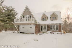 EXIT Realty Matrix - 16904 Maloney, St Andrews West