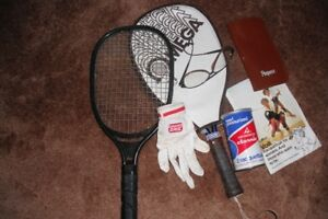 RACQUETBALL RACQUETS AND ACCESSORIES