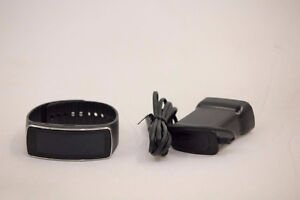Samsung Galaxy Gear Fit Smartwatch (Black) - [Mint]