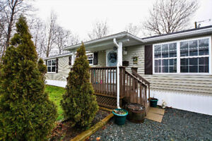UPDATED 3 BEDROOM MINI HOME IN LOWER SACKVILLE