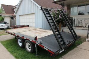 80$ a day  Flat Deck and Dump Trailer for Rent.