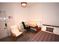 Double room in two bedroom flat is in an outstanding location