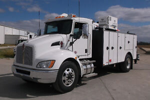 New Kenworth T370 4X4 with Summit 8-Series Body