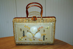 Vintage Atlas Wicker and Seashell Handbag West Island Greater Montréal image 1