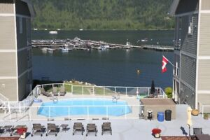 BC Shuswap Mara Lake vacation condo Sicamous