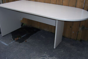 Office Desk  /  66' x 29'