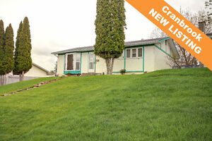 NEW LISTING! Spectacular Mountain view & 2240sf of living space!