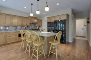 Beautiful Full Kitchen Custom Cabinetry (Kitchen Craft)