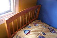 AMAZING CONDITION Walnut Wood SOLID WOOD Bed