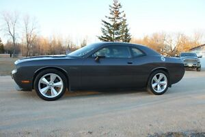 2013 Challenger R/T **SUNROOF** **LEATHER**