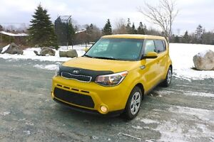 2015 Kia Soul LX / only $95 bi/wkly lease take over