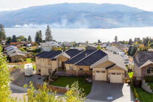 Stylish Lakeview Luxury Rancher in Scenic Peachland