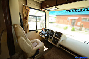 Contact for Clear Out Price* New 2016 Coachmen Pursuit 29SB London Ontario image 3
