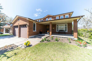 Home on Premium Lot Backing onto Park!170 Wigwoss Dr, Woodbridge