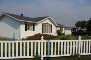 House in Valleyview for Sale