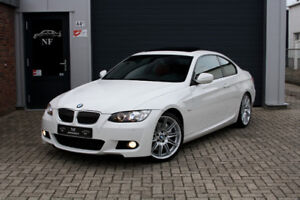 **WANTED** WHITE BMW 335i COUPE X-drive M pack