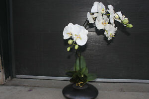 ARTIFICIAL Lily plants
