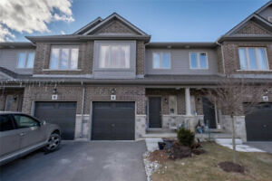 Luxury Nearly New Freehold Townhouse!! 2 Storey, 3 Bedroom!