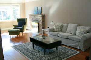 2-3 bdr house for rent, Central Mountain, available July 1
