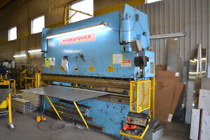 Presse plieuse - press brake 180T Saguenay Saguenay-Lac-Saint-Jean image 1