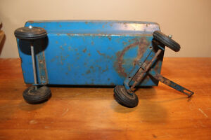 Vintage Tin Toy Farm Wagon - Blue London Ontario image 6