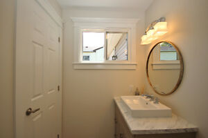 Pretty Renovated Bungalow For Sale in Desirable Neighbourhood Kingston Kingston Area image 7