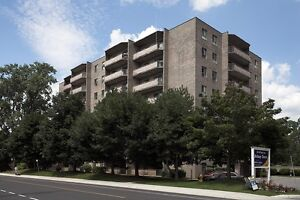 SPACIOUS RENOVATED SUITES AVAILABLE NOW! London Ontario image 2