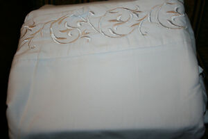 Kingsize Bedding- Please see Photos and Prices