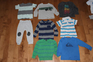 T-Shirt 2 ans (Gap, old navy, quick silver...)