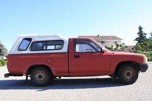 1989 Toyota Hilux Pickup RWD