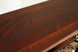 Superb Thomasville Hall or Couch Back Mohogany Table SEE VIDEO