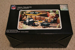 NFL Green Bay Packers Mini Tailgate Party Display Set Strathcona County Edmonton Area image 1
