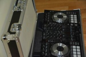 Pioneer DDJ-SX Controller incl, Flight Case and Laptop stand