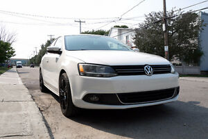 2013 Volkswagen Jetta TDI HIGHLINE Sedan w/ NAVIGATION