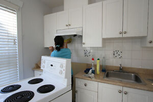 Cleaning company - www.tllmovingandstorage.com Downtown-West End Greater Vancouver Area image 1