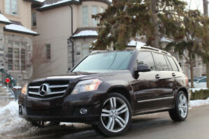 2011 Mercedes-Benz GLK 350 4MATIC SUV IN GREAT CONDITION