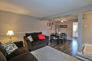 Move In Ready Townhome Located In A Family Neighbourhood Surroun