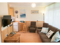 2 BED HOLIDAY CHALET (not caravan) NEW QUAY , CEREDIGION,WEST WALES