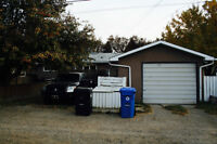 Large Single Garage - Brentwood NW - very central location