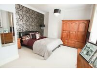 AMAZING 5 BEDROOM HOUSE IN COULSDON