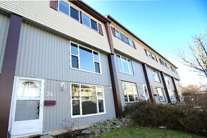 **HALIFAX TOWNHOUSE FOR ONLY $160,000!!**