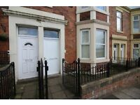 2 bedroom flat in Condercum Road, Newcastle Upon Tyne, NE4