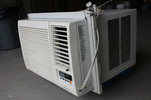 Panasonic air climatiser - air conditioner window